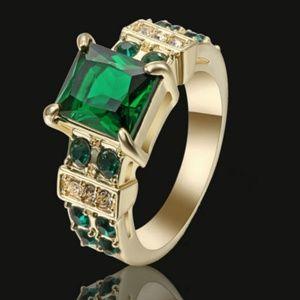 Vintage CZ Emerald Green Ring Yellow Rhodium Plate